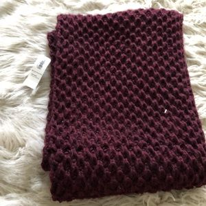 Old Navy Maroon Knit Infinity Scarf BNWT
